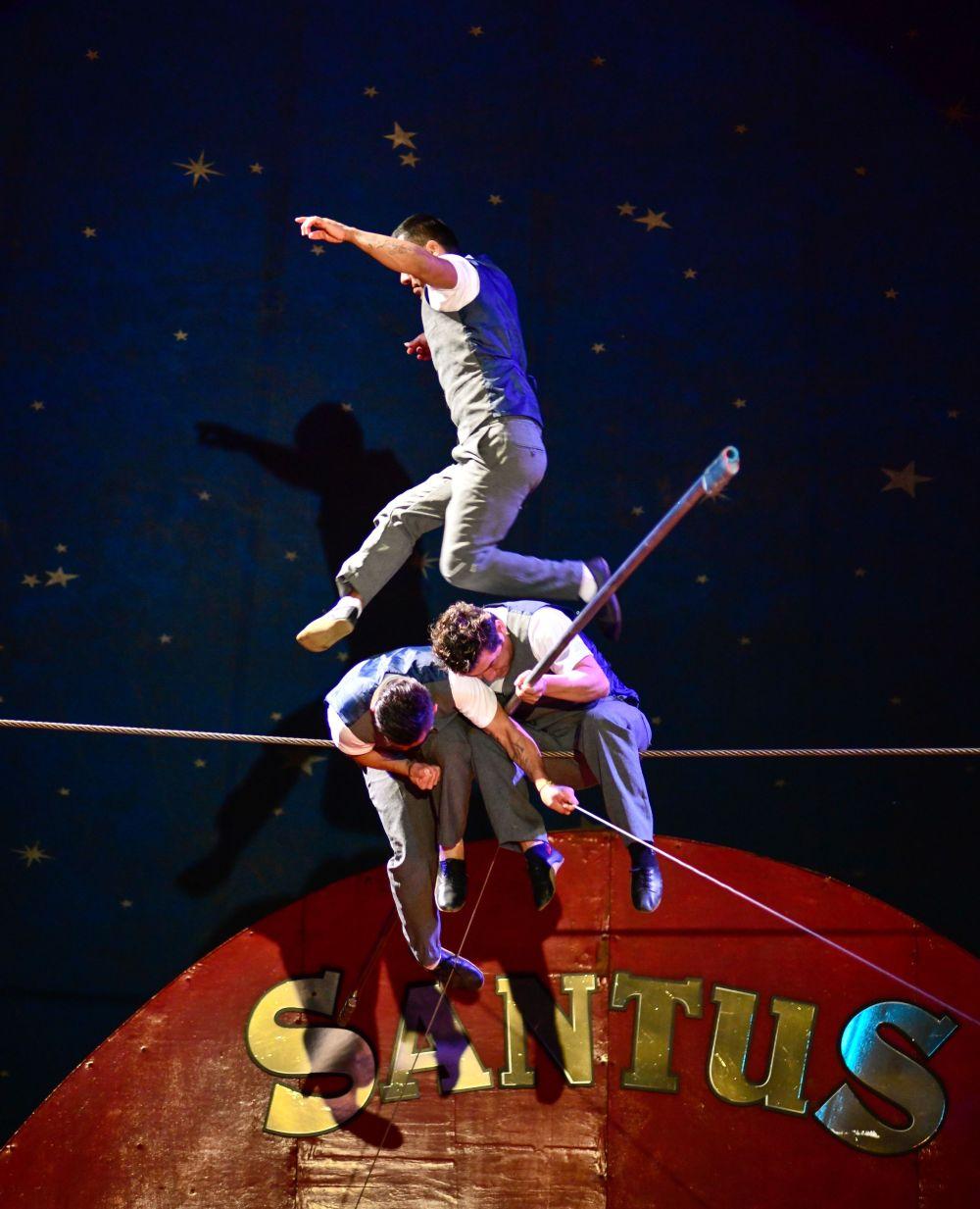 Hermanos Rodriguez high wire Santus Circus 2019